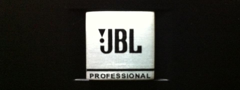 jbl 305 white. jbl lsr305 studio monitor jbl 305 white